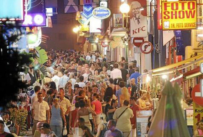 A bustling West End Ibiza of years gone by