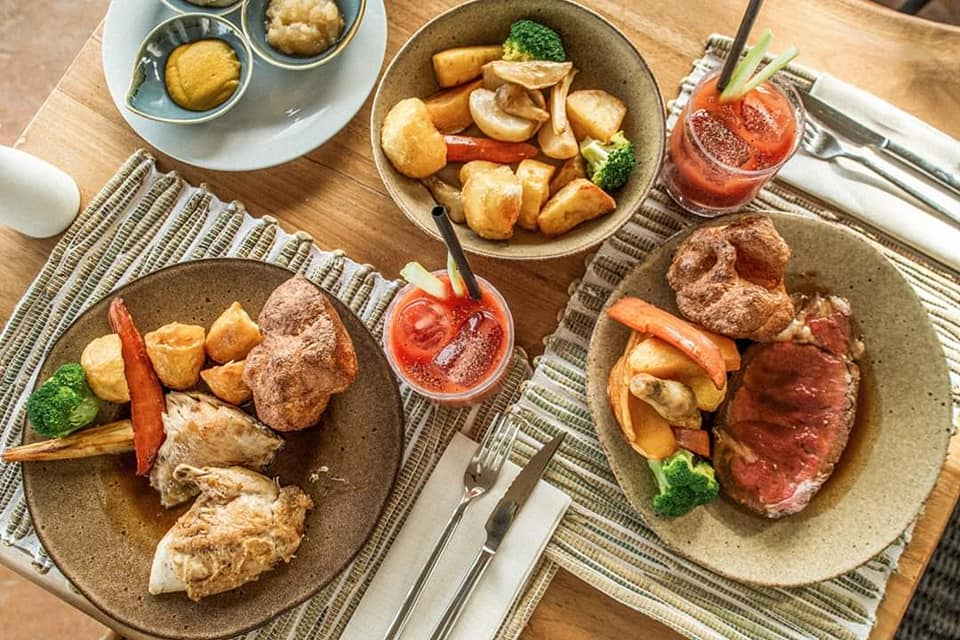 Casa Maca Roast Dinner - Alexandra Rose Creative